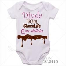 Body Bebê Dinda Trouxe Chocolate que Delícia